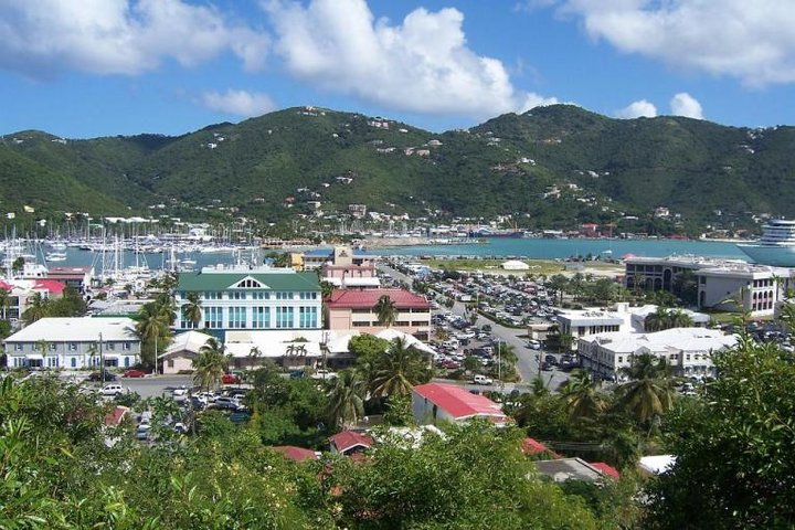 319-Tortola-Road-Town-Blick-von-Kammstrasse-765x510.jpg