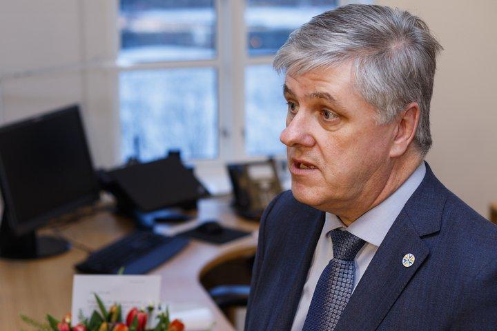 Benedikt Jóhannesson er fjármála- og efnahagsráðherra.