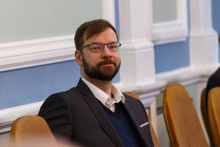 """Björn Leví Gunnarsson, þingmaður Pírata, lagði fram fyrirspurn um """"Fyrstu fasteign""""."""