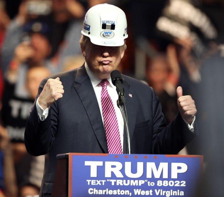 """Donald Trump hefur meðal annars kallað hlýnun jarðar """"kínverskt gabb""""."""
