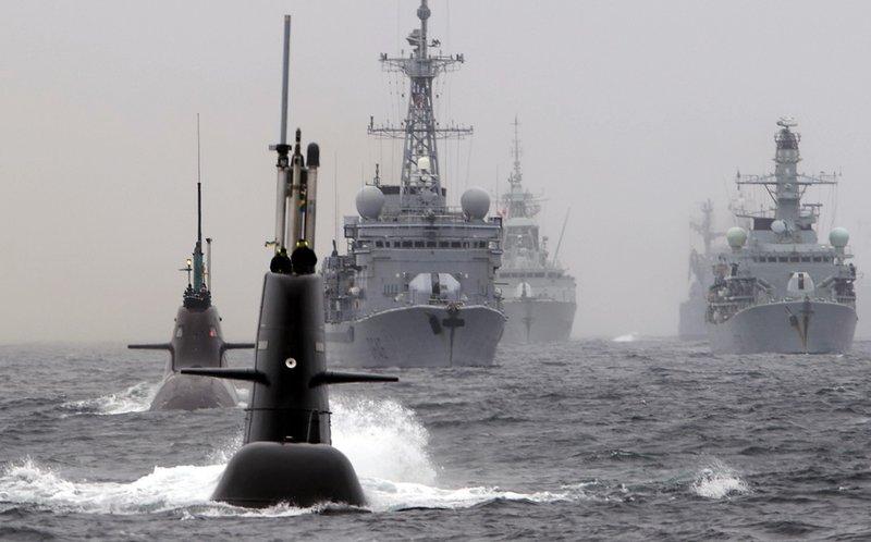 NATO heldur reglulega umfangsmiklar æfingar á láði og legi þar sem öll ríkin samhæfa aðgerðir ef til styrjaldar kemur.