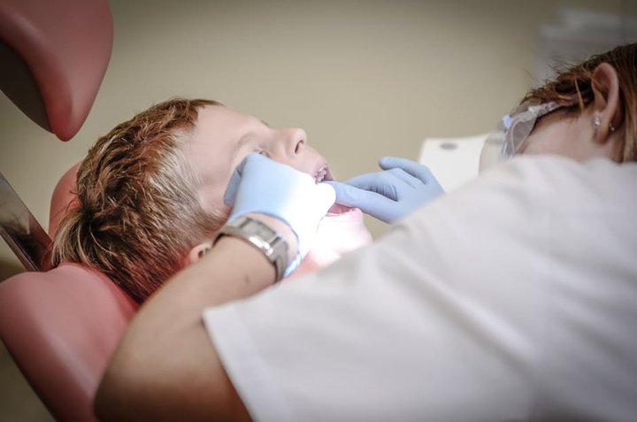 Tannlæknir