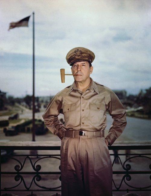 Douglas MacArthur hershöfðingi.