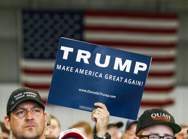 Donald Trump er umdeildur, svo ekki sé meira sagt. Efnahagur Bandaríkjanna hefur að mörgu leyti þróast vel á undanförnum áratug, og er atvinnuleysi nú með minnsta móti.