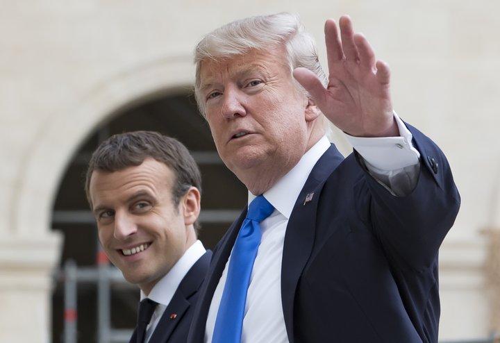 Emmanuel Macron tók á móti Donald Trump í Frakklandi í gær. Trump fylgist með hátíðarhöldum í París á þjóðhátíðardegi Frakka í dag.