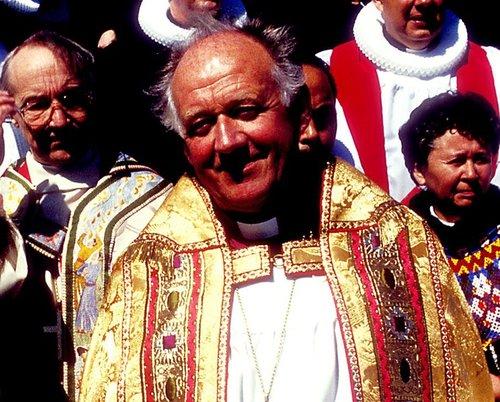 Mikill fjöldi manns sagði sig úr þjóðkirkjunni árið 2010 eftir að hún var ásökuð um að hafa þaggað niður meint kynferðisbrot Ólafs Skúlasonar, fyrrverandi biskups.